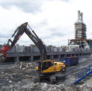 Elément important d'une démolition organisée: l'instruction de démolition